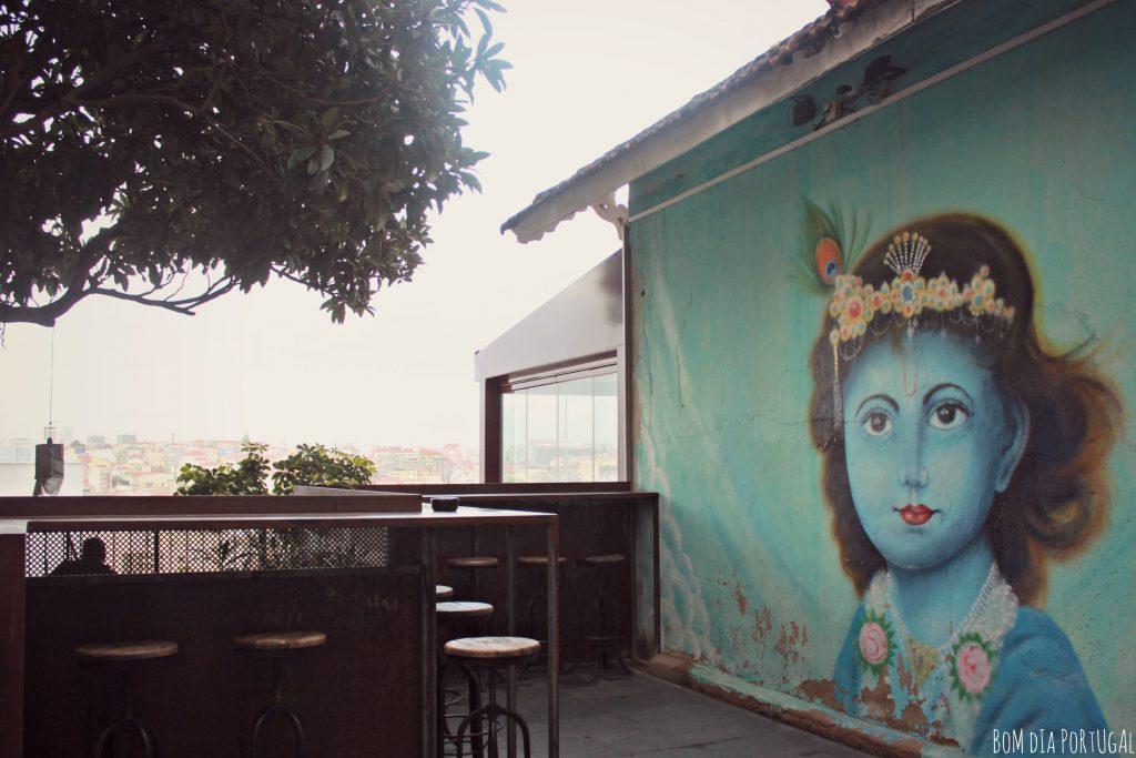 boutique-indienne-lost-in-lisbonne-terrasse